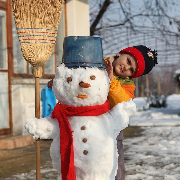 Бобо и снежният човек - Страхил 01